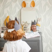 Miroir, mon beau miroir 🥰 😍 #chouchouette #couronneenfant #gazedecoton #fabriqueenfrance #couronnetissu #cadeaunoel #petitcadeau